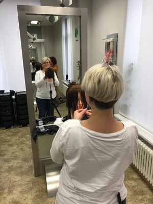 Cutja-Hairdesign-Schulung1051